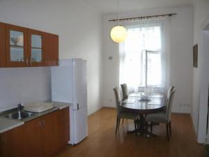 Alk Apts Prague