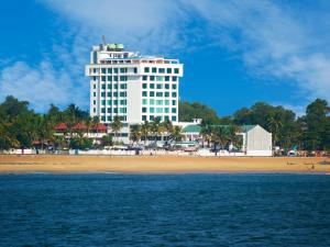 Photo of The Quilon Beach Hotel And Convention Center