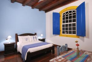 Luxury Double Room with Sea or Montain View