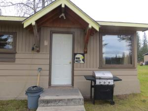 Cougar Creek Cabins & Campground