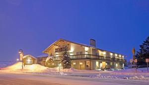 Photo of The Mammoth Creek Inn