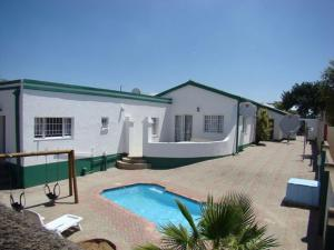 Namib Oasis Bed And Breakfast