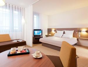 Superior Suite with 1 Double Bed and 1 Single Bed