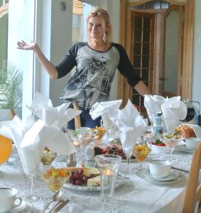 B&B Azee, Bed and Breakfasts  Ostende - big - 9