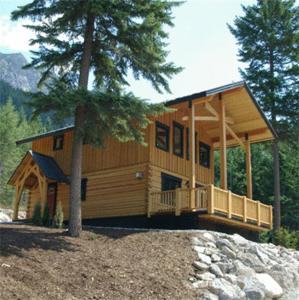 Deluxe Three-Bedroom Cabin