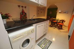 Two-Bedroom Apartment - Rua Almirante Gonçalves, 50