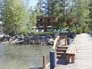 Shore House At Lake Tahoe