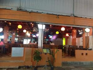 Bt Hostel & Restaurant