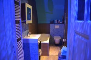 B&B Casa Luna Loft, Bed & Breakfast  Dendermonde - big - 20