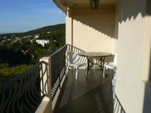 Apartment Les Pins   Han300