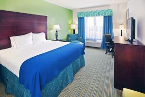 Photo of Holiday Inn Express & Suites Graham