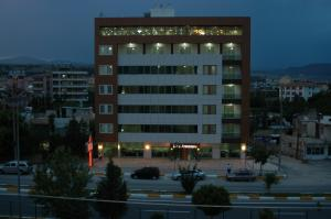 Photo of Arsames Hotel