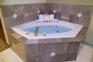 Exectuive King Room with Spa Bath