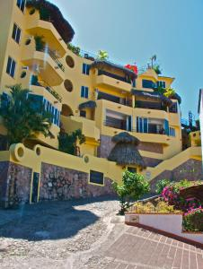 Photo of Casa Isabel A Boutique Hilltop Inn