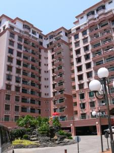 Photo of Dorcas Service Apartment   Marina Court