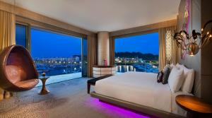 Marvelous Suite with Marina or Pool View