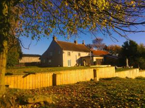 Woundales Farm B&B in Borrowby, North Yorkshire, England