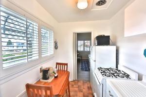 King Room with Kitchenette