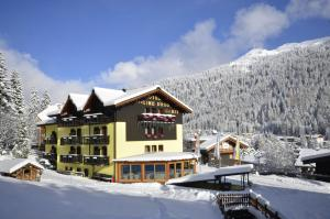 Photo of Hotel Cime D'oro