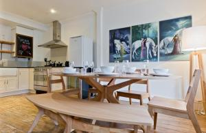 Vacation Apartments Hyde Park in London, Greater London, England