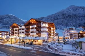 Photo of Hotel Trofana Royal