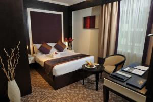 Carlton Tower Hotel, Hotely  Dubaj - big - 14
