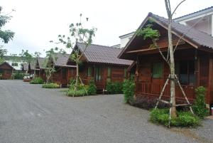 Ruenthong Resort Surat Thani