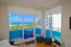 Superior Two-Bedroom Apartment with Ocean View
