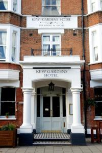 Kew Gardens Hotel in Kew, Greater London, England