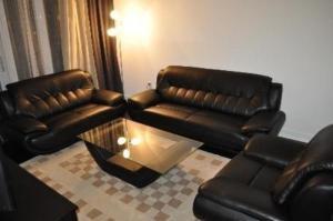 Stay in GTA Mississauga Furnished Apartments Square One