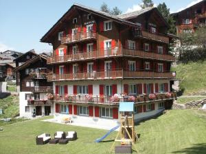 Anemone, Apartments  Saas-Fee - big - 2