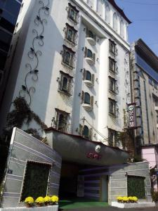 Photo of Moon Hotel