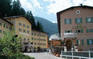 Grand Hotel Rabbi - AbcAlberghi.com