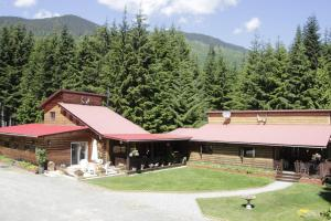 Photo of Shames Country Lodge