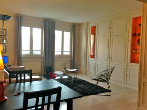 Photo of Appartement Beaubourg Georges Pompidou