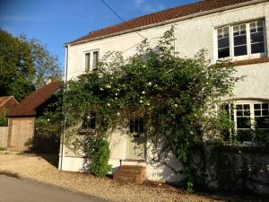 Bramble Cottage B&B in Chute, Wiltshire, England