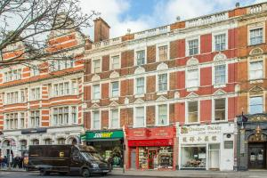 Riz Guest House in London, Greater London, England