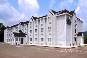 Photo of Microtel Inn And Suites Gassaway