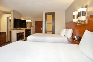 Double Room with Two Double Beds - Upper Floor