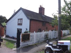 Holly Tree Cottage Bed and Breakfast in Darsham, Suffolk, England