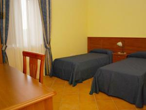Conte Spencer, Bed and Breakfasts  Casertavecchia - big - 5
