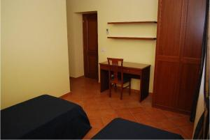 Conte Spencer, Bed and Breakfasts  Casertavecchia - big - 4