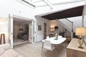 onefinestay – Holland Park apartments in London, Greater London, England