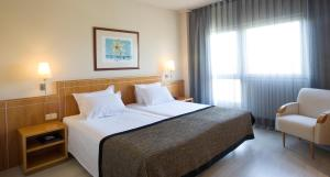 Junior Suite (2 Adults) with Free Airport Shuttle Service from 5.00am to 00.30am