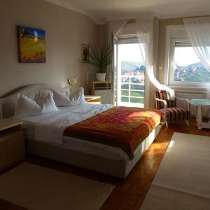 Photo of Guesthouse Villa Lutka