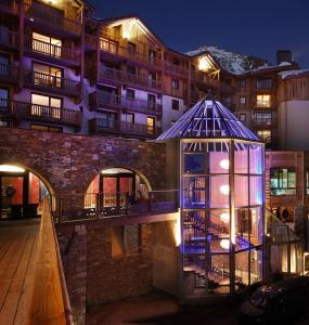Hotel Koh-I Nor Val Thorens - Exterior - Winter