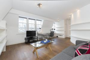 Onefinestay   Soho Apartments