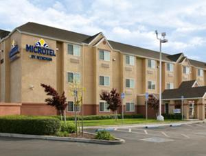 Microtel Inn & Suites Lodi