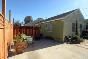 West La Bungalow