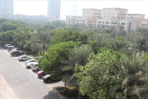 Dubai Apartments   The Greens   Al Sammar